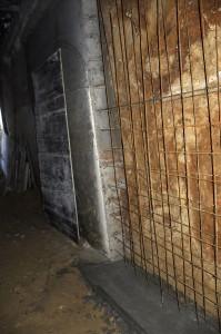 travaux montage premier mur beton ferraillage coulage reprise excavation machine tractopelle terre creusé souplex maison agrandissement extension maisons-laffitte architecte olivier olindo paris ooa